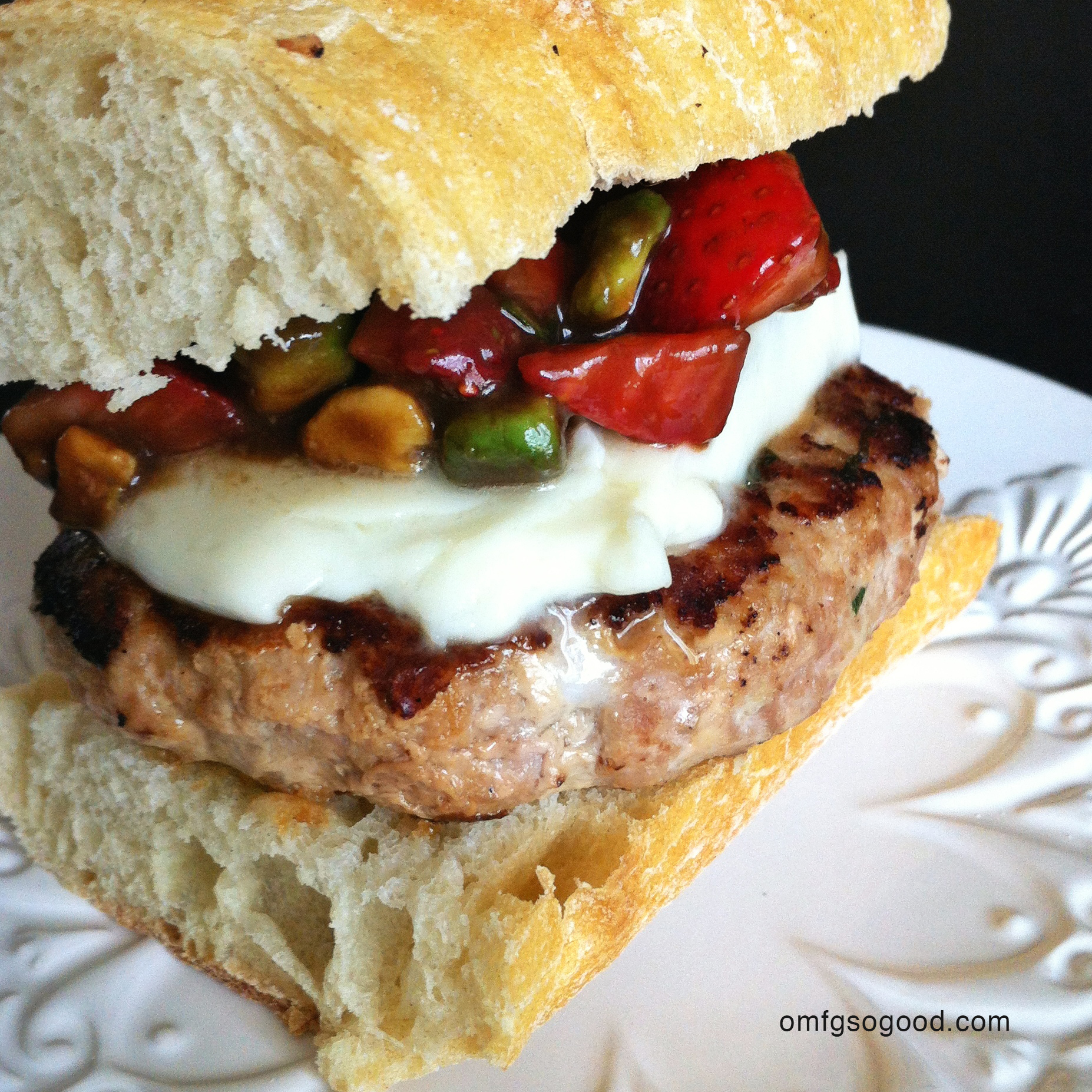 turkey burgers with strawberry avocado relish