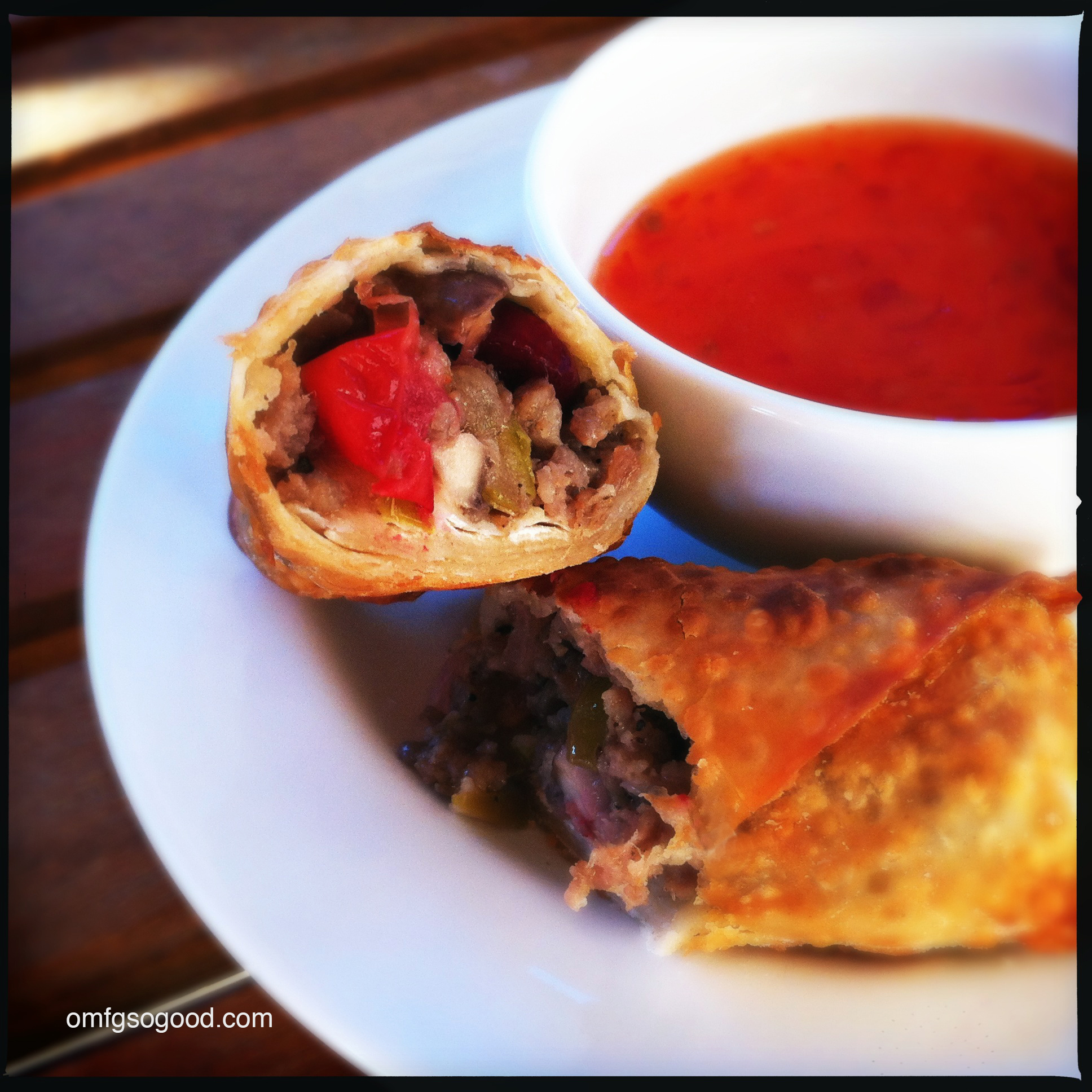 holiday egg rolls (cranberry apple sausage)