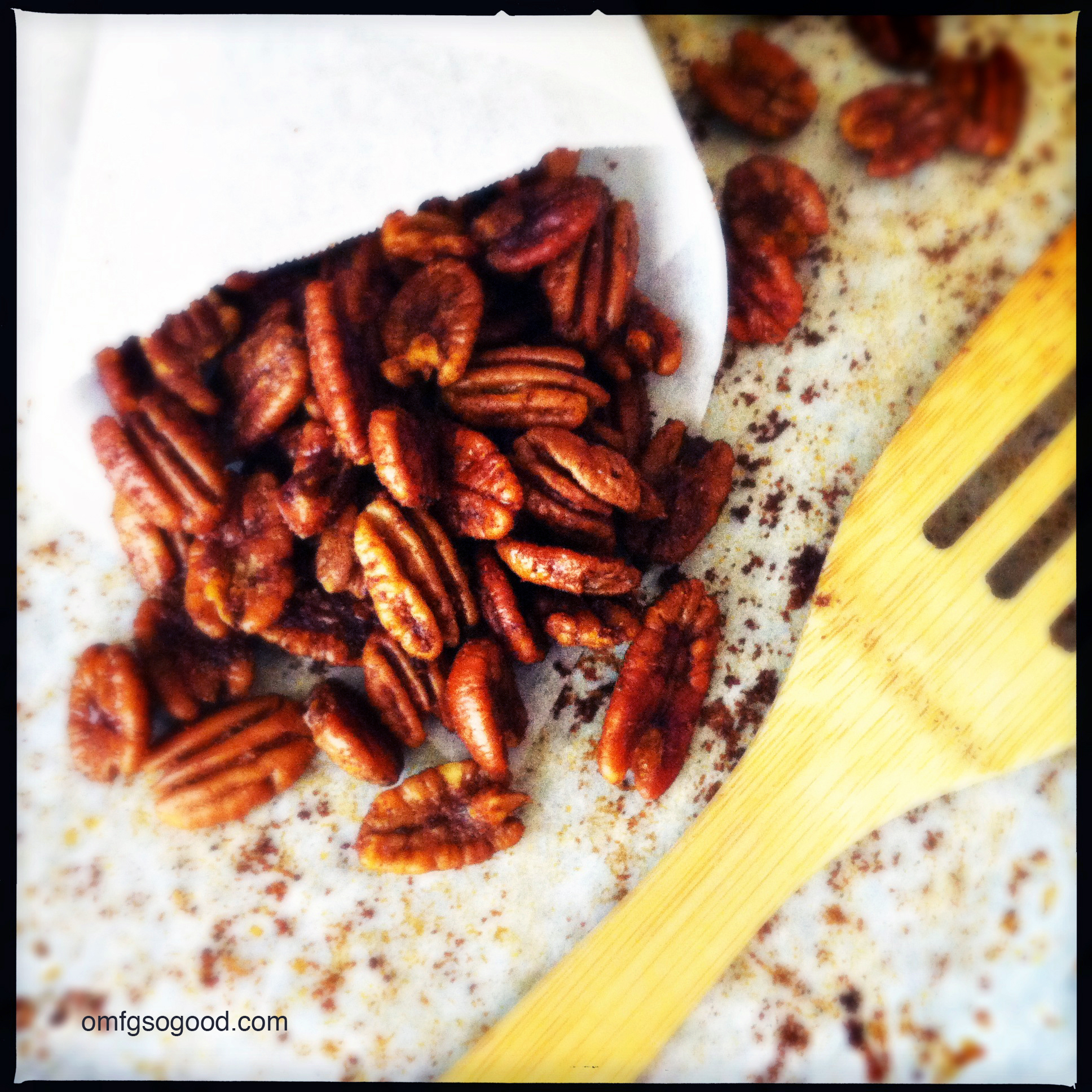 roasted savory spiced pecans | omfg. so good.