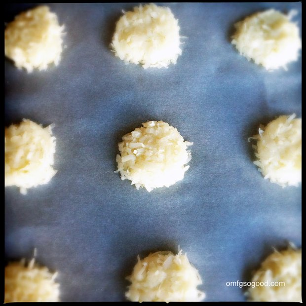 Coconut-Macaroon-Sandwiches-3