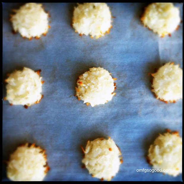 Coconut-Macaroon-Sandwiches-4