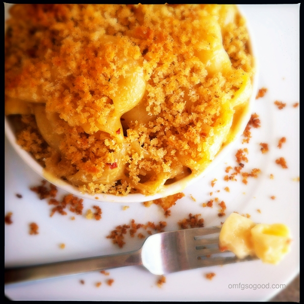 Chipotle-Smoked-Gouda-Macaroni-and-Cheese4