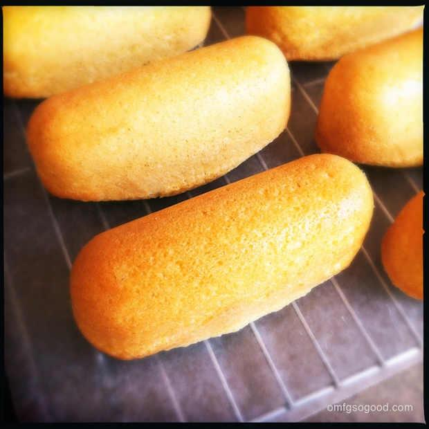 Homemade-Twinkies-3