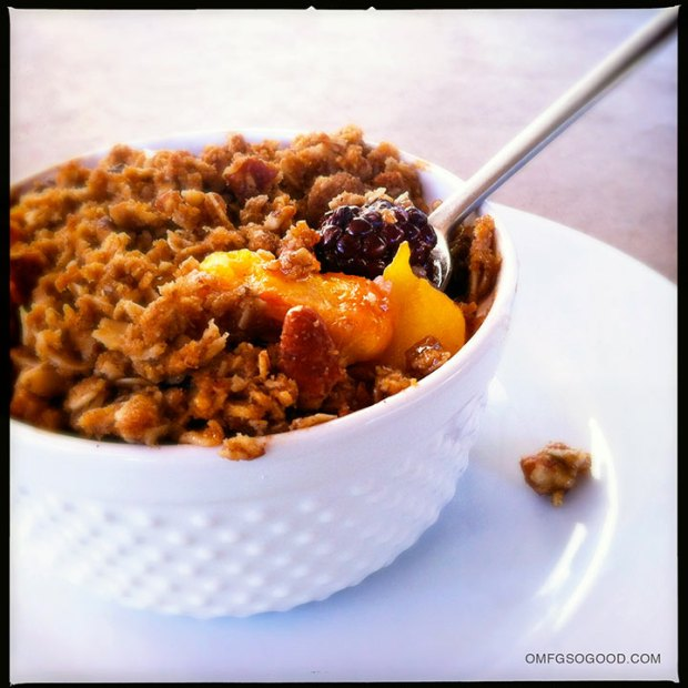 Blackberry-Peach-Crisp-2