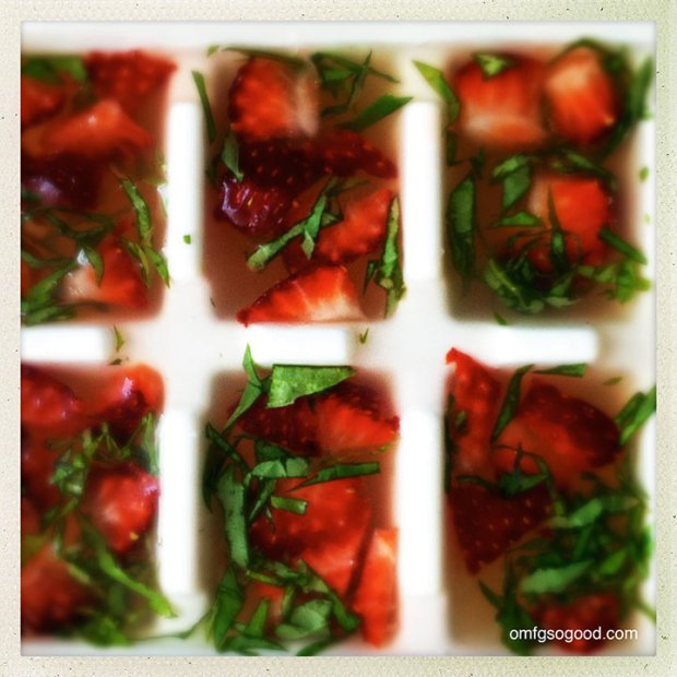 Strawberry-Basil-Lemonade-Ice-Cubes