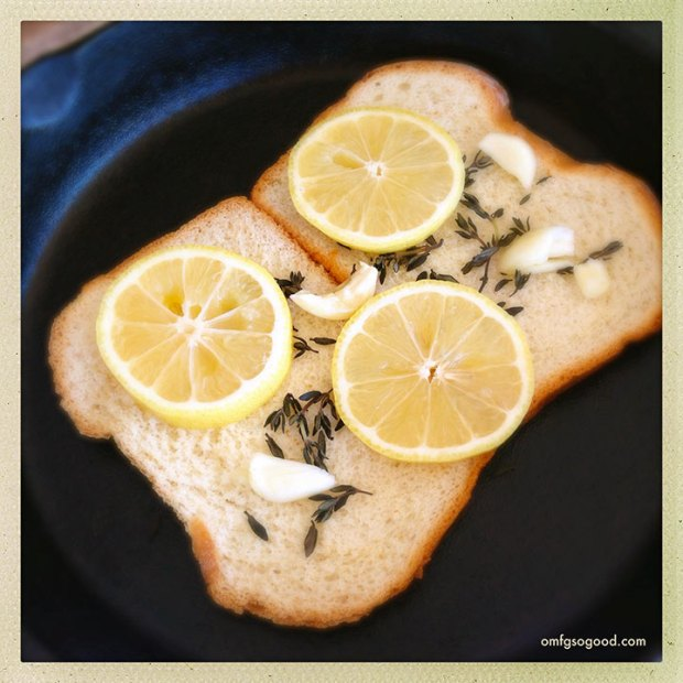 Bread-Lemon-Garlic-Thyme-for-Roasted-Chicken