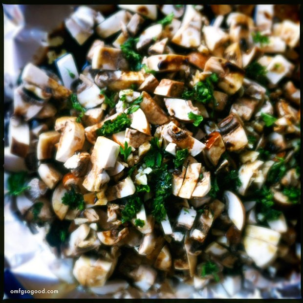 Mushrooms-with-Garlic-Balsamic-and-Parsley