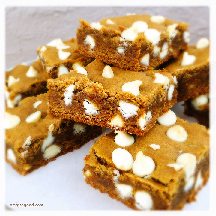 soft & chewy gingerbread bars