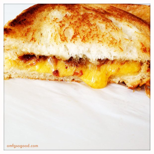 Grilled-Cheese-with-Bacon-Jam