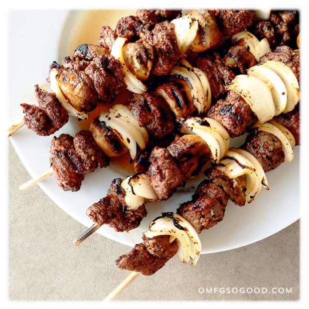 Coffee-Garlic-Rubbed-Sirloin-Skewers-3