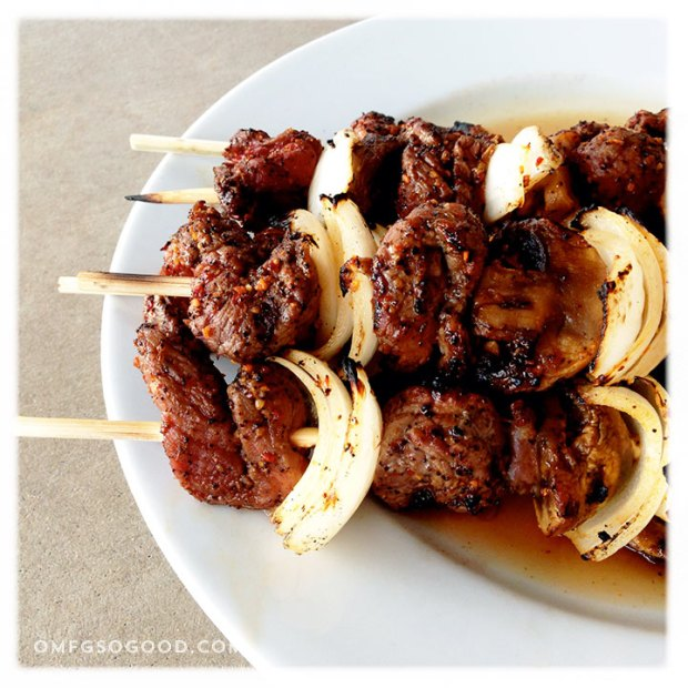 Coffee-Garlic-Rubbed-Sirloin-Skewers-4
