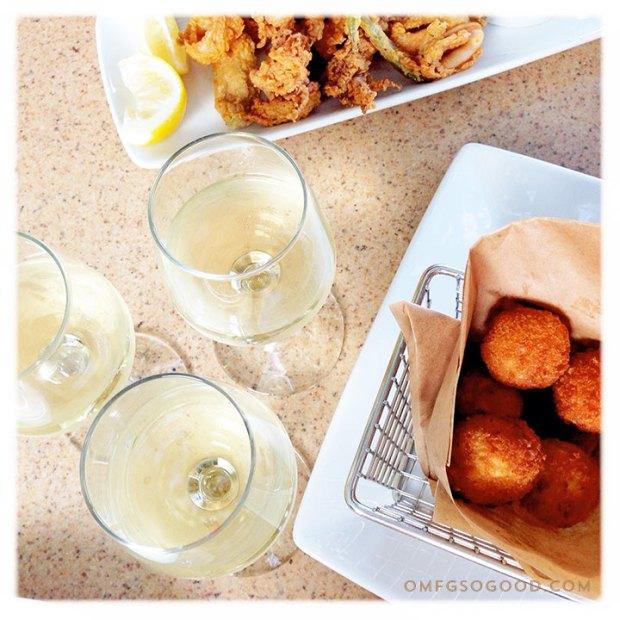 Alfresco-Tasting-Terrace-Wine-Flight-Disneyland-Food